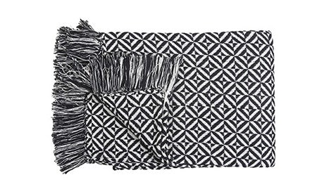 Dia Black & White Throw