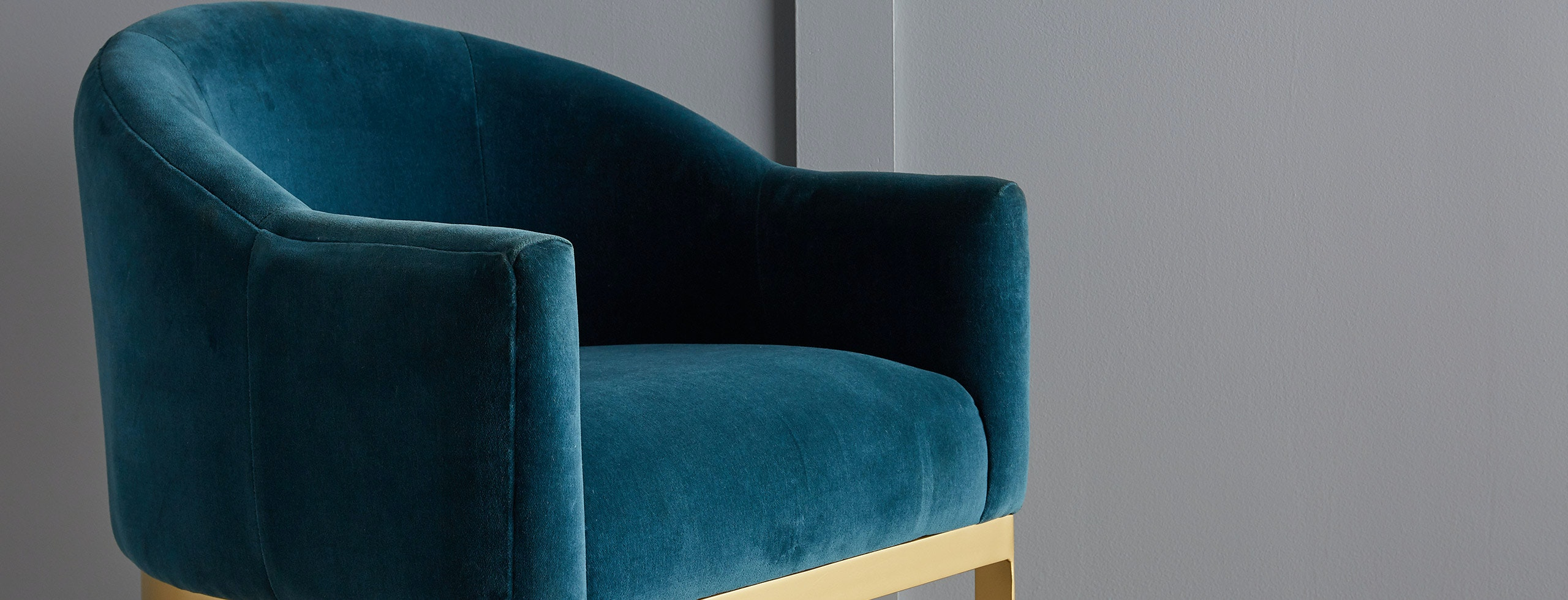 shown in Dunhill Turquoise Fabric